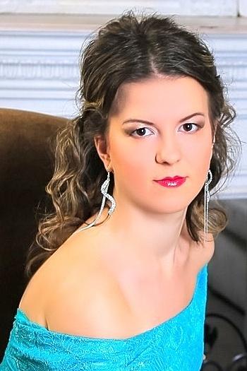 Karina age 22