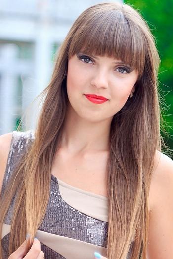 Violetta age 24