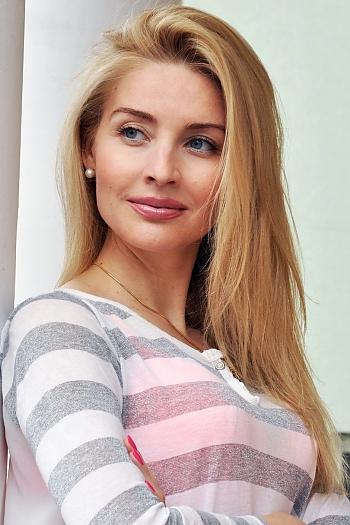 Tanya age 37