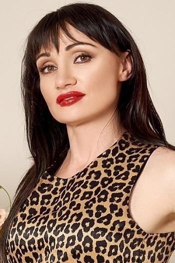Tatiana age 41