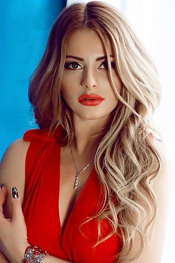 Anastasiya age 30