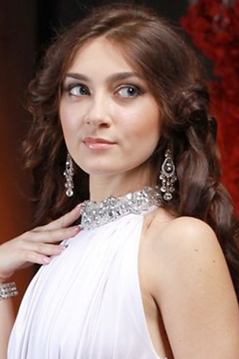 Valeriya age 25