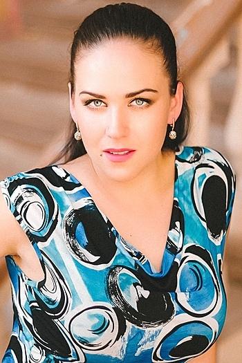 Elena age 30