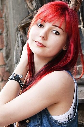 Evgeniya age 22