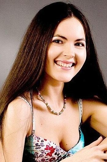 Oksana age 39