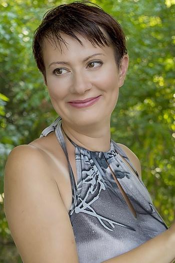 Anna age 36