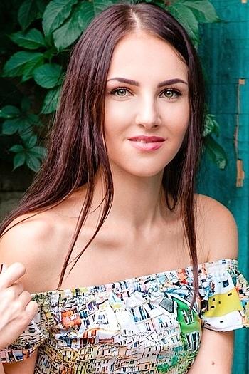 Yuliya age 26