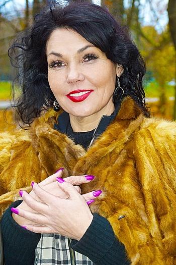 Elena age 48