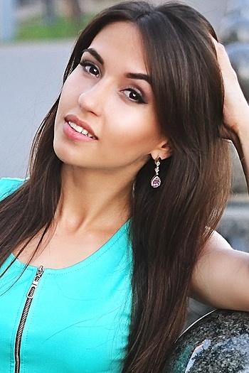 Kristina age 25