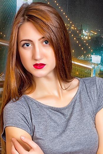 Aleksandra age 20
