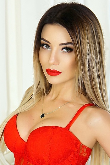 Katia age 31