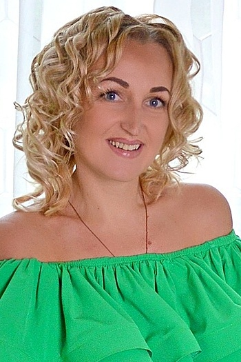 Valentina age 38