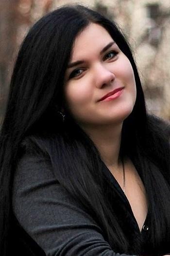 Karina age 23