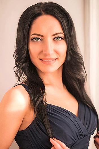 Ekaterina age 35