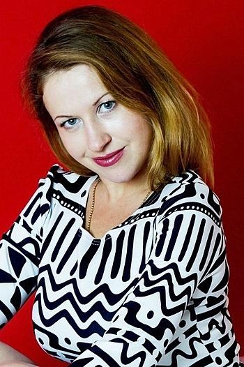 Alexandran age 32