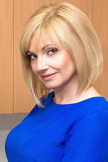 Valentina age 51