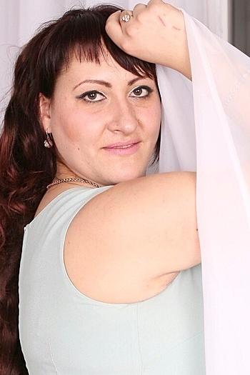 Yuliya age 31