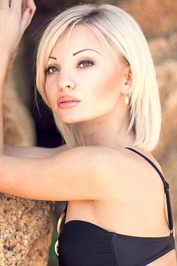 Natalia age 27