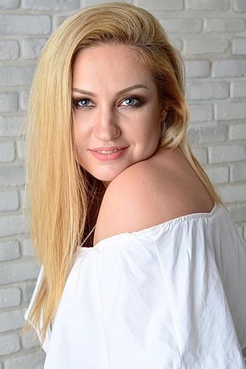 Maria age 34