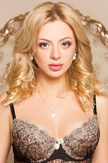 Maiia age 27