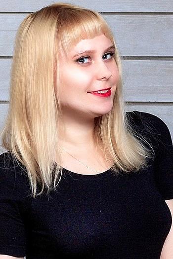 Alina age 23