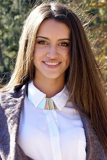 Karina age 21