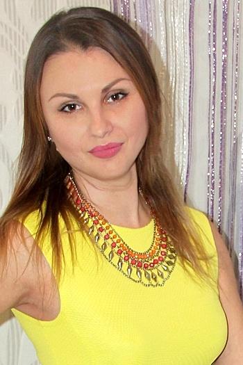 Alina age 40