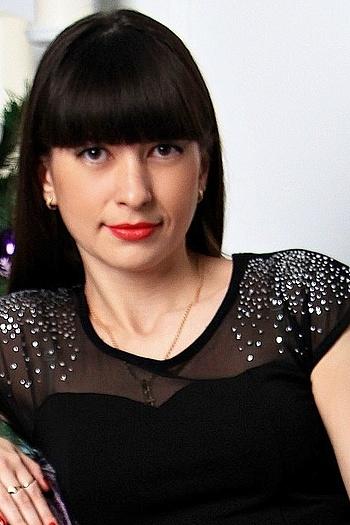 Ksenia age 33
