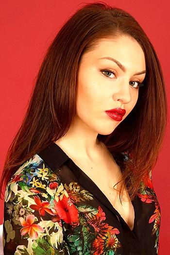 Juliya age 24