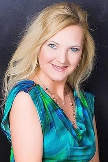 Jeanne age 41