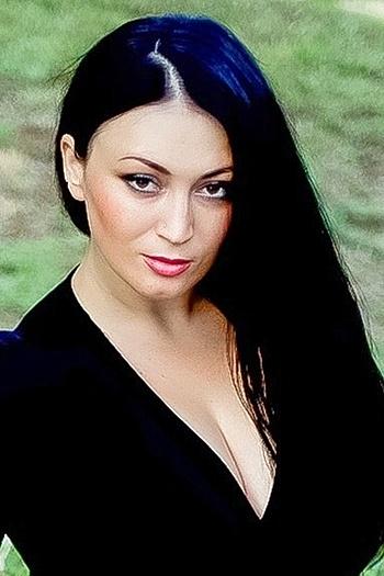 Lyudmila age 32