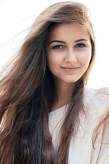 Anastasia age 24
