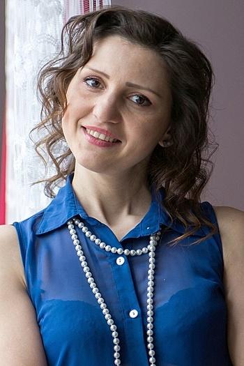 Ksenia age 34