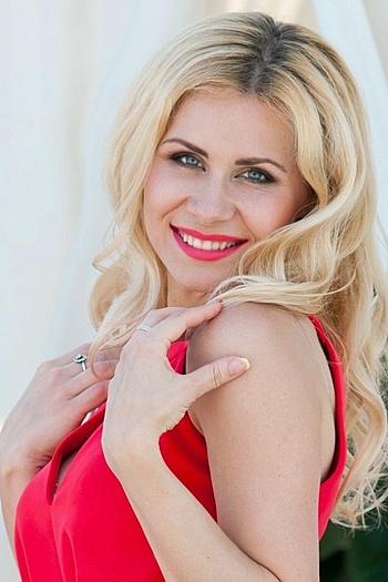 Eugenia age 36