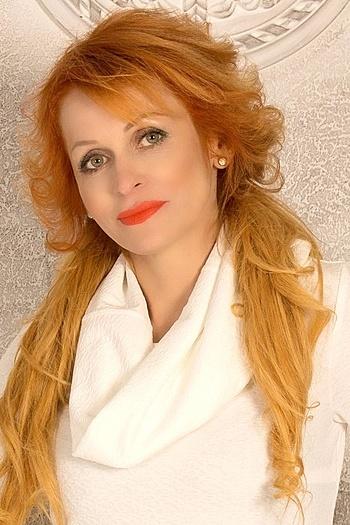 Alisa age 39