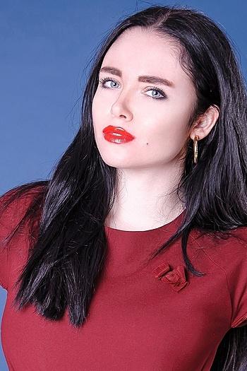 Juliya age 22
