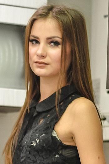 Mariya age 20