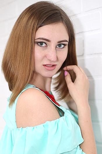 Alexandra age 22
