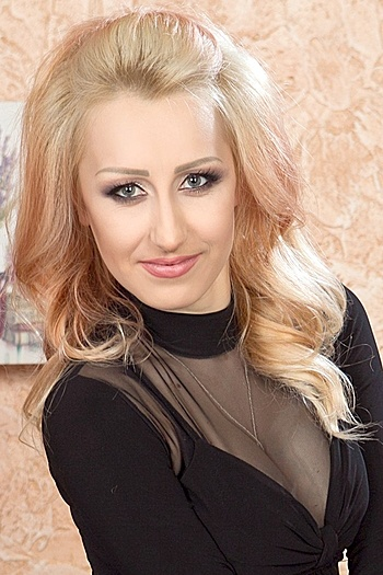 Dariya age 27