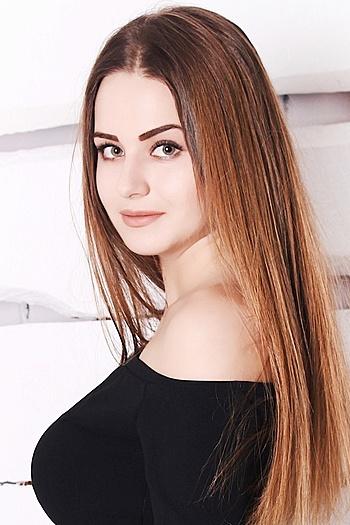 Liza age 19