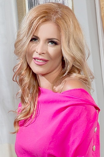 Nataliya age 31
