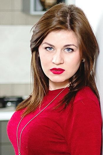 Julia age 24