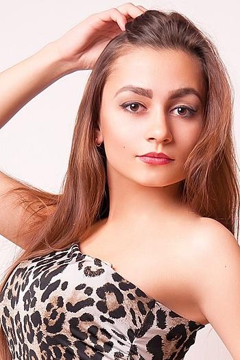 Mariya age 27