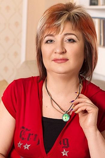 Oksana age 47