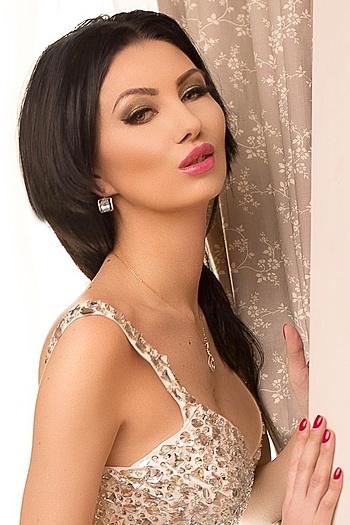 Anastasya age 31