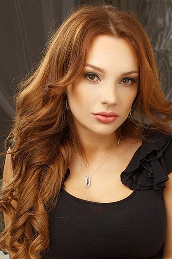 Yulia age 37