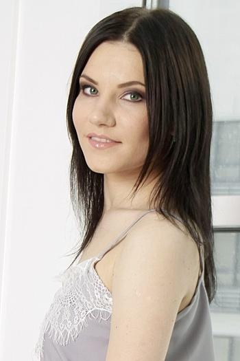 Katerina age 26