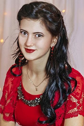 Zhanna age 20