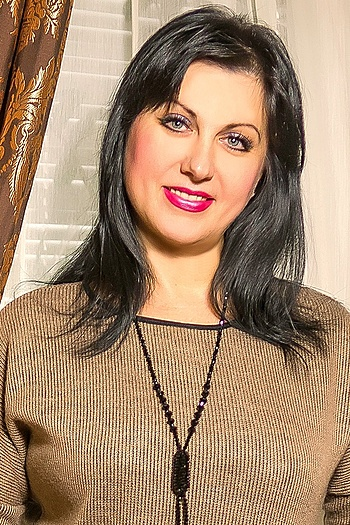 Natalia age 49