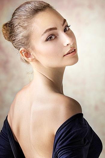Aleksandra age 24